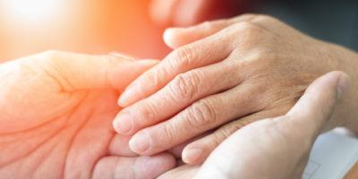 Hände Sterbeprozess